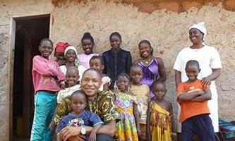 Orfanato cerca de Yaundé, Camerún