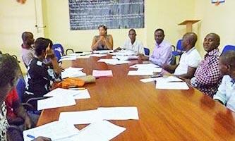 Reunión en el Orfanato, Costa de Marfil